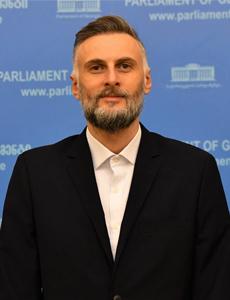 ვიქტორ სანიკიძე